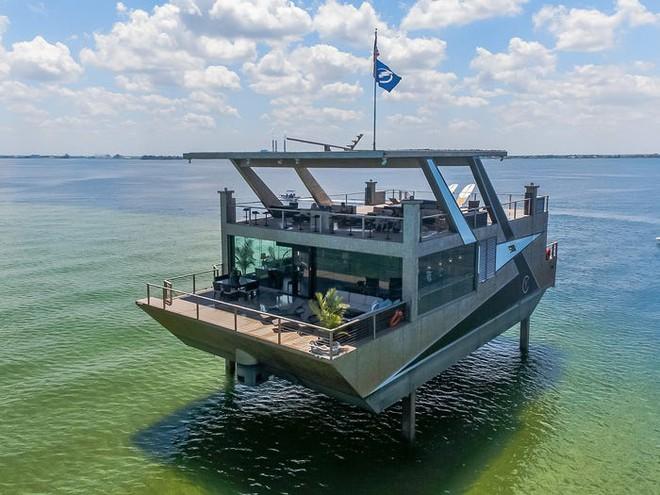 Du thuyền hình biệt thự 12 triệu USD - Hình 1