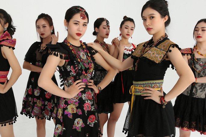 NTK Cao Minh Tiến biến bài dân ca Thái thành nhạc điện tử - Hình 2