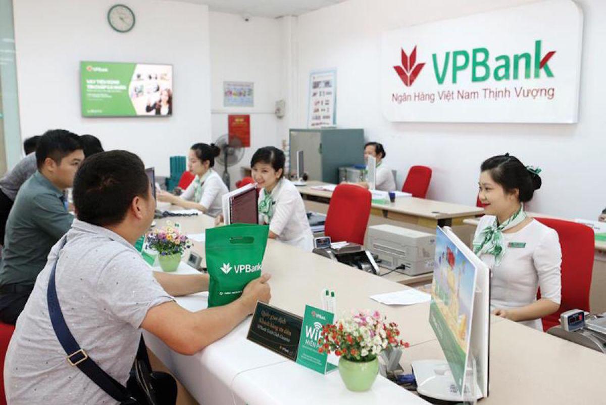 Rủi ro nào cho VPBank khi NHNN siết cho vay tiêu dùng? - Hình 1