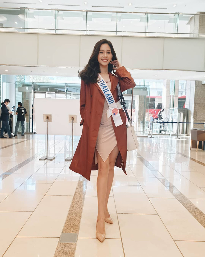 Tân Hoa hậu Quốc tế 2019: Biết là xinh đẹp nhưng nhan sắc ít phấn son mới gây bất ngờ, style cũng chất chẳng kém ai - Hình 2