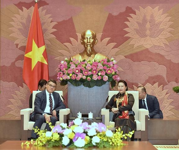 Việt Nam đánh giá cao quan hệ hợp tác với các bang của Đức - Hình 1