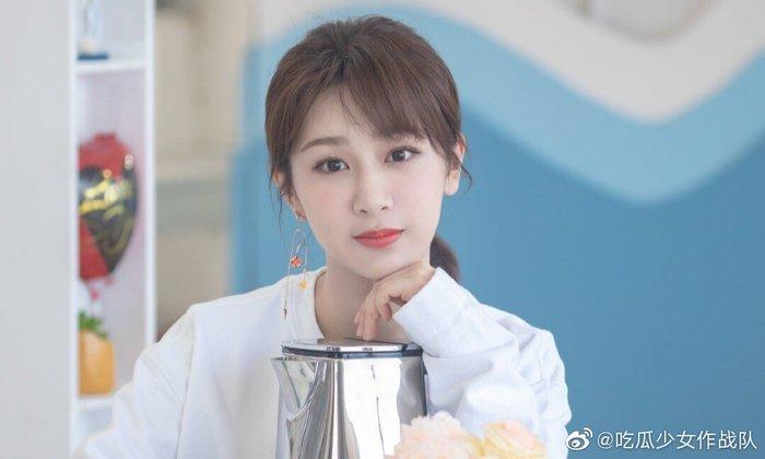 Angelababy cuối cùng đã online và gửi lời chúc mừng sinh nhật đến Huỳnh Hiểu Minh - Hình 1