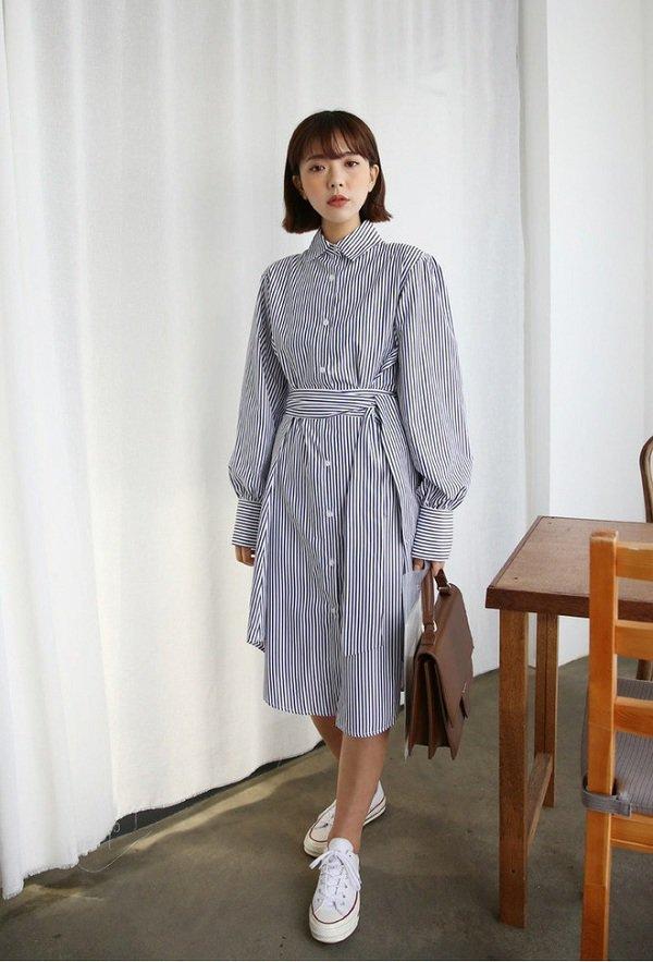 Mùa thu Hà Nội mà diện 1 trong 4 kiểu váy liền này đi làm thì còn gì xinh bằng - Hình 10
