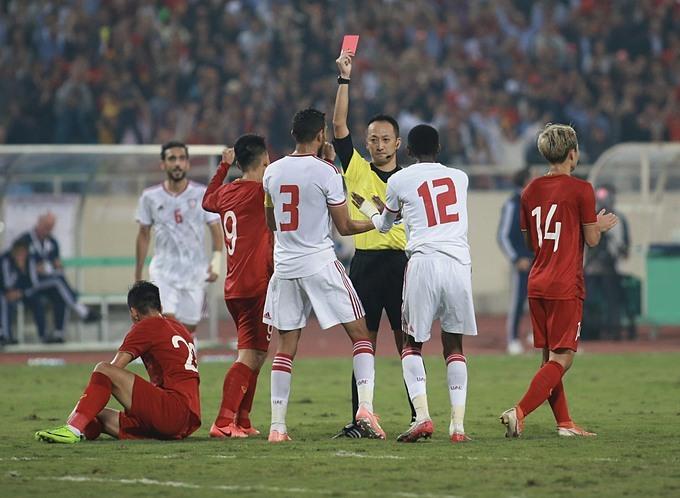 Báo UAE cay cú sau trận thua Việt Nam - Hình 1