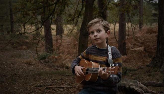 Cậu bé 8 tuổi gây chú ý khi sáng tác bài hát về môi trường - Hình 1
