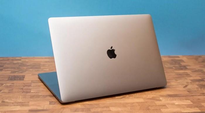 Sau 4 năm cứng đầu và ngạo mạn, Apple âm thầm nhận sai với người dùng - Hình 1