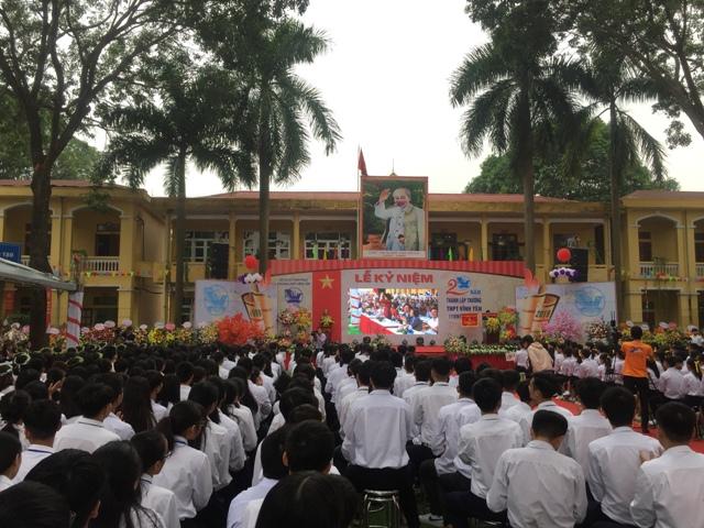 Vĩnh Phúc: Trường THPT Vĩnh Yên tiếp tục phát huy truyền thống dạy tốt, học tốt - Hình 1