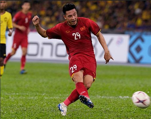 HLV Park Hang-seo chốt danh sách ĐT Việt Nam đấu Thái Lan: Bất ngờ! - Hình 1