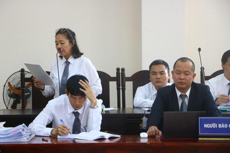 Lại hoãn xử vụ liên quan đến cựu bí thư thị xã Bến Cát - Hình 2