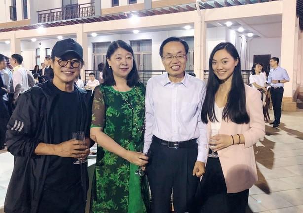 Lý Liên Kiệt và con gái dự sự kiện cùng Jack Ma - Hình 1