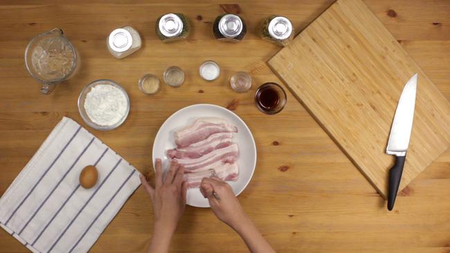 Thịt chiên nước mắm kiểu Thái đưa cơm miễn chê - Hình 1