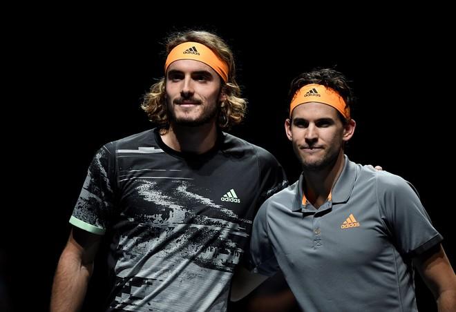 Tsitsipas vô địch ATP Finals ngay lần đầu tham dự - Hình 1