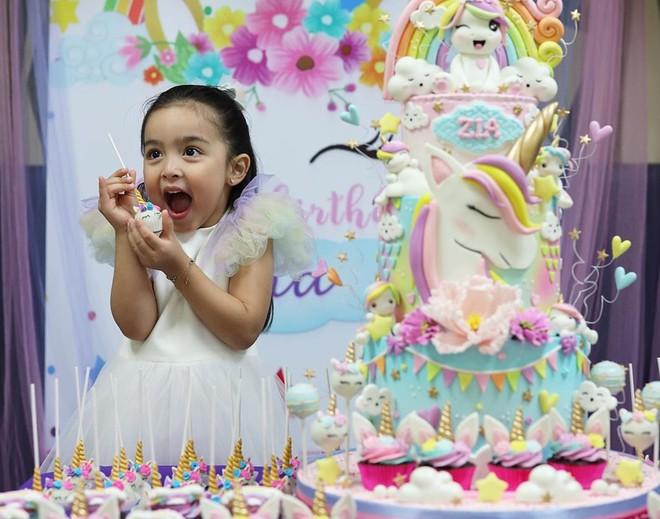 Mỹ nhân đẹp nhất Philippines mừng sinh nhật con gái 4 tuổi - Hình 2