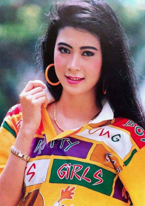 Nhan sắc của mỹ nhân điện ảnh Diễm Hương - Hình 5