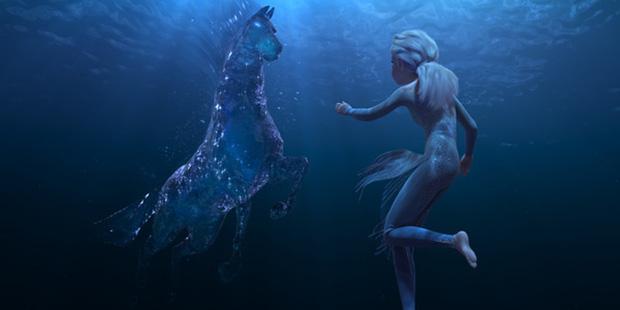 Tiết lộ bất ngờ về Frozen 2: Elsa suýt để tóc ngắn, Anna thay váy hết 122 lần? - Hình 2