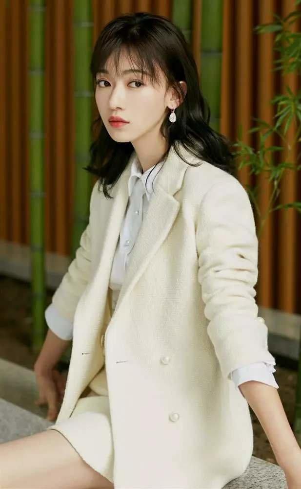 Vu Chính phủ nhận việc Dương Mịch tìm mình hợp tác, không cho Ngô Cẩn Ngôn nhận vai nữ chính của Thanh trâm hành - Hình 2