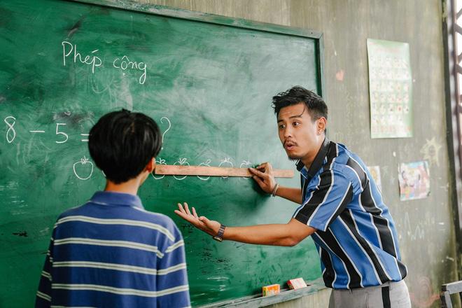 4 phim điện ảnh châu Á về tình thầy trò nhất định phải xem: Ám ảnh mãi nạn ấu dâm trong Sự Im Lặng - Hình 1