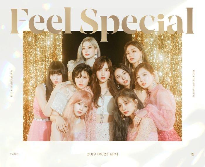 Album của girlgroup Kpop có lượng sale ngày đầu cao nhất Hanteo: BlackPink hay TWICE mới là người dẫn đầu? - Hình 2