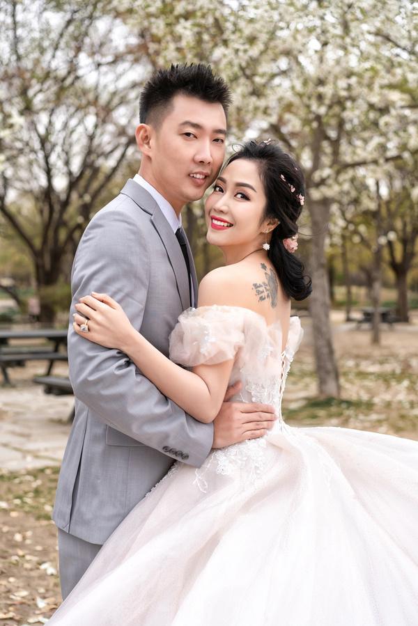 Bị dị nghị lấy chồng kém sắc, mỹ nhân Việt vẫn có cuộc sống hạnh phúc vạn người mơ - Hình 6