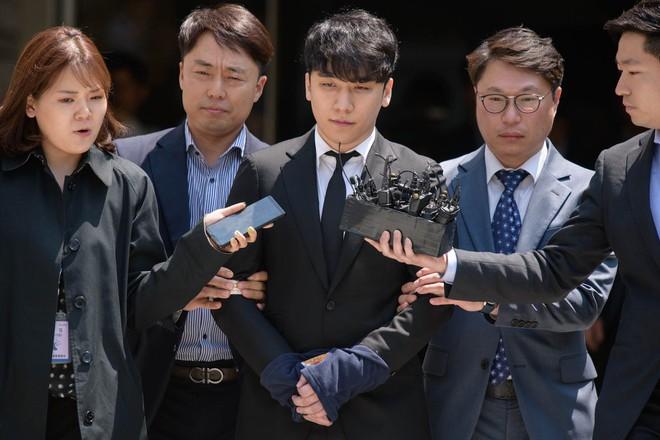 Scandal chất cấm và mại dâm bủa vây sao Hàn năm 2019 - Hình 2