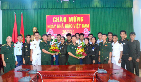 Trường Trung cấp Biên phòng 2 tổ chức Lễ kỷ niệm 37 năm Ngày Nhà giáo Việt Nam - Hình 2