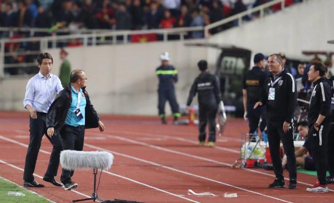 Trợ lý HLV Thái Lan xúc phạm thầy Park, VFF chính thức kiến nghị lên AFC - Hình 2