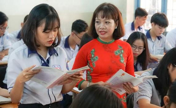 Giải thưởng Võ Trường Toàn lần thứ 22 năm 2019: Bài 5 - Giáo viên giáo dục thường xuyên và chuyên biệt: Lặng lẽ kiếp tằm nhả tơ - Hình 1