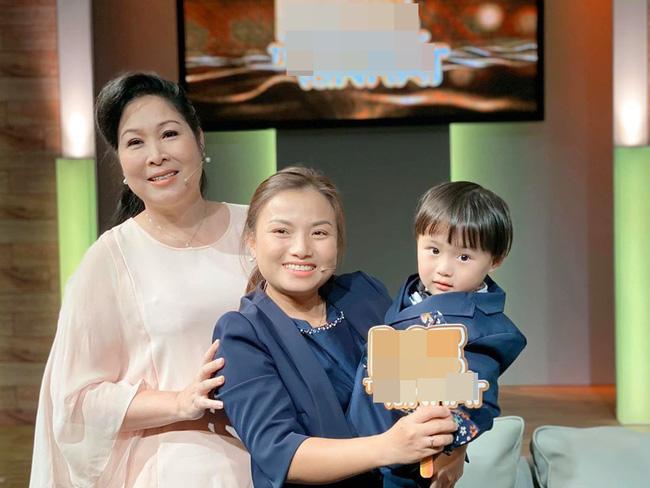 Quỳnh Trần JP xuất hiện cùng nghệ sĩ Hồng Vân, chính thức bắt đầu hành trình lên sóng khi về Việt Nam - Hình 1