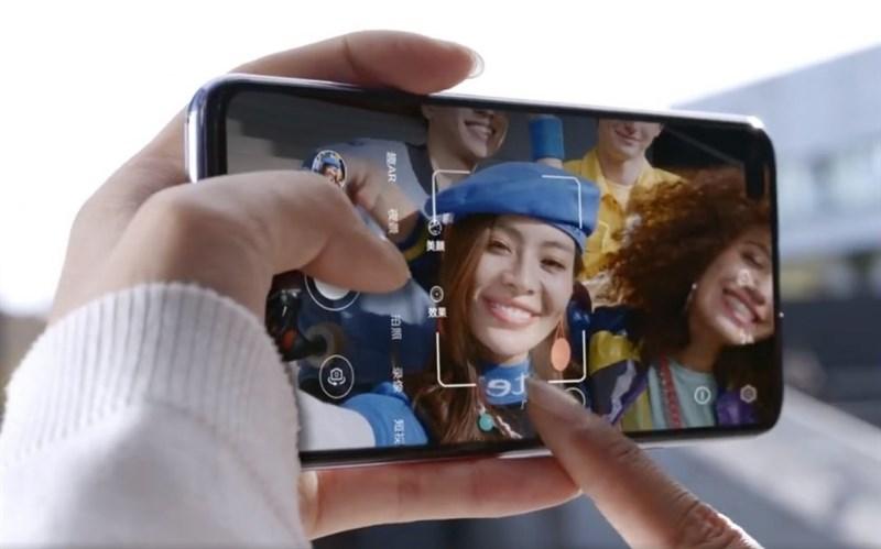 Huawei Nova 6 5G xuất hiện trong video teaser chính thức, tiết lộ thiết kế mặt trước và sau - Hình 1
