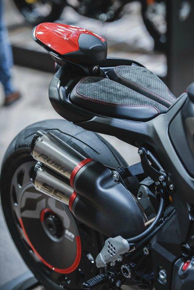 Ngắm 2020 MV Agusta Rush 1000 đè bẹp quỷ đỏ Ducati Streetfighter V4 S - Hình 2