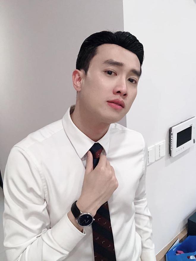 Phỏng vấn nóng 3 sao Việt dự AAA 2019: Quốc Trường sợ đụng độ Ji Chang Wook, Bích Phương và Bảo Thanh nói gì? - Hình 2