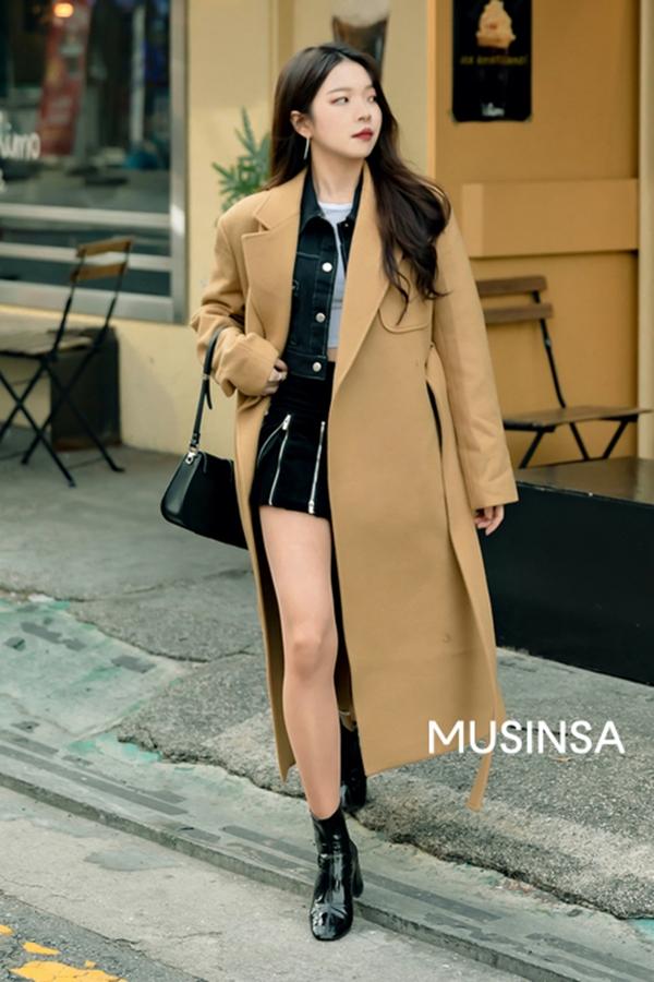 Street style giới trẻ Hàn tuần qua: bánh bèo hay cá tính, phong cách nào cũng có và đều đẹp ngất ngây - Hình 2