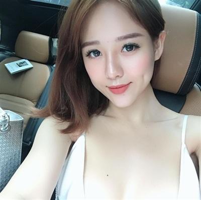 Da trắng mặt xinh, hot girl Việt cứ tung ảnh sexy là cộng đồng mạng dậy sóng - Hình 2