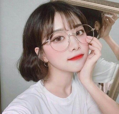 Những kiểu tóc xinh tôn nét đẹp của cô nàng đeo kính - Hình 7