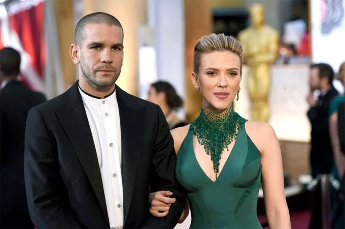 Scarlett Johansson nói về sai lầm trong hai cuộc hôn nhân cũ - Hình 2