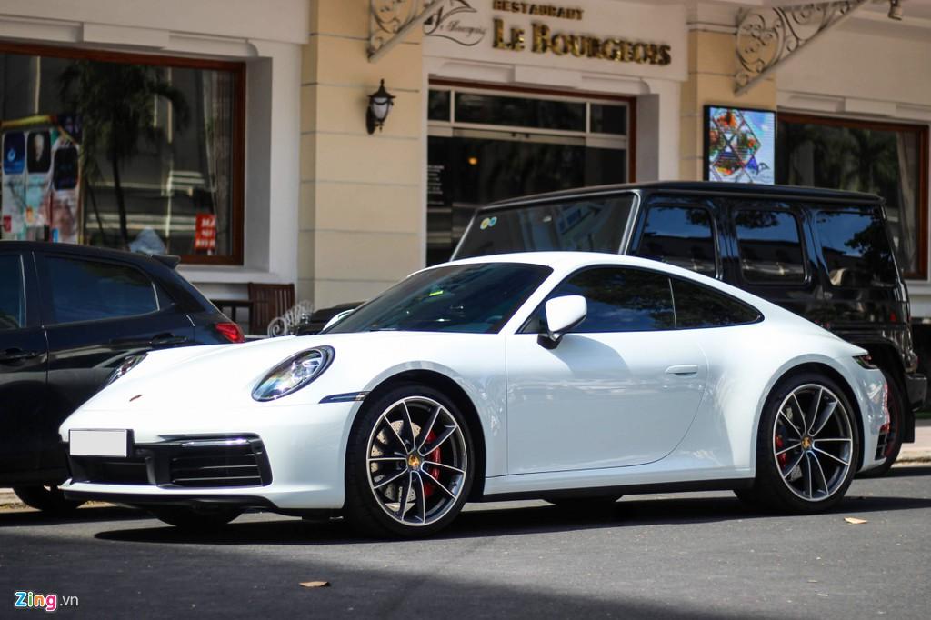 Vợ chồng Cường Đô La tậu Porsche 911 Carrera S giá gần 8 tỷ - Hình 1