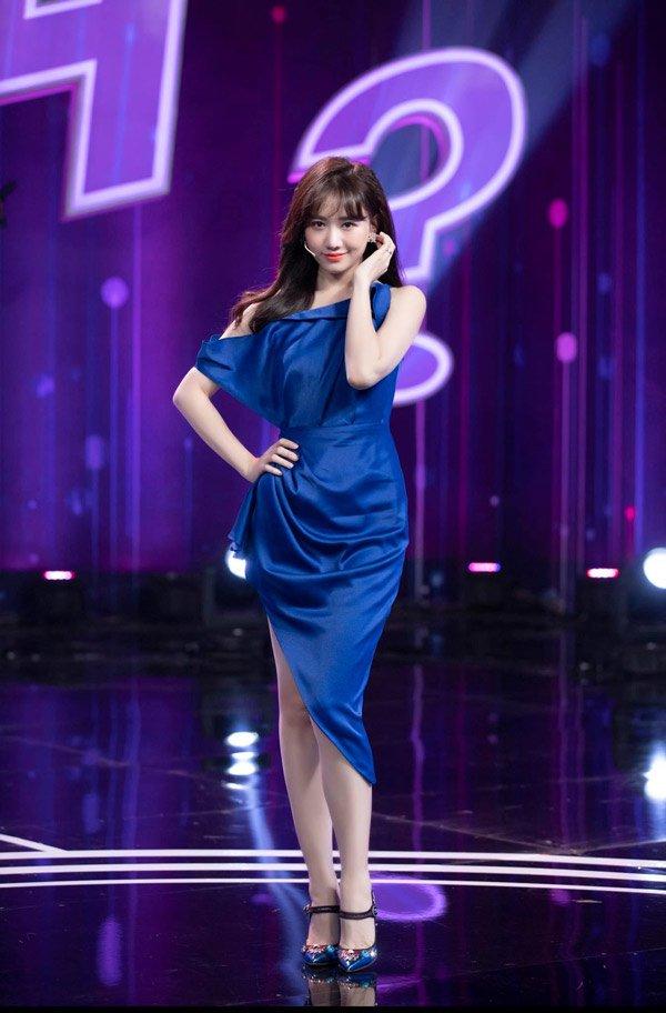 Hari Won: Nữ hoàng tóc mái không có đối thủ của Vbiz - Hình 10