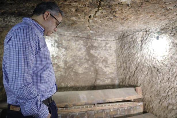 Khai quật kim tự tháp, phát hiện xác ướp khổng lồ gây sốc - Hình 2