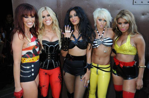 Sau một thập kỷ, Pussycat Dolls chính thức tái hợp với đội hình 5 thành viên - Hình 1