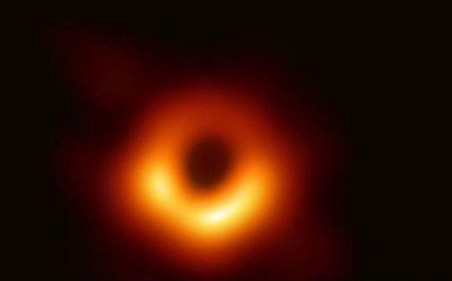 Phát hiện ra loại hố đen mới nhỏ nhất trong vũ trụ - Hình 1