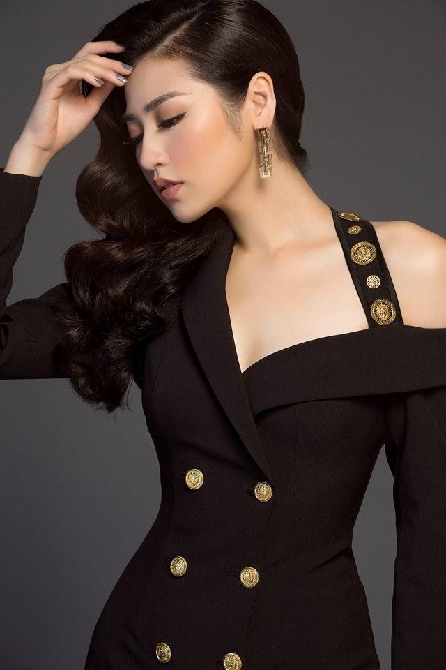 Hương Giang - Như Vân nhiều lần khán giả ngộp thở vì váy áo gợi cảm, tưởng như chạm khẽ là rơi - Hình 12