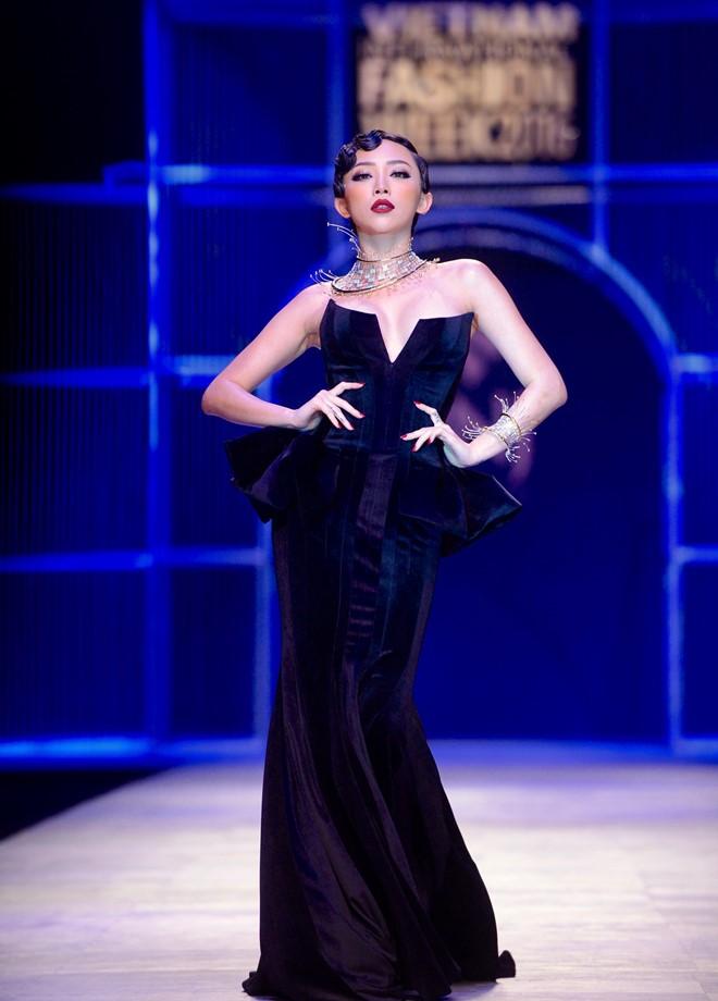 Vietnam International Fashion Week - Hành trình đưa nghành thời trang đến gần hơn với quốc tế - Hình 10