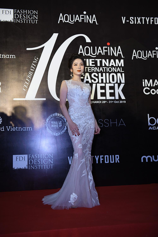 Vietnam International Fashion Week - Hành trình đưa nghành thời trang đến gần hơn với quốc tế - Hình 29