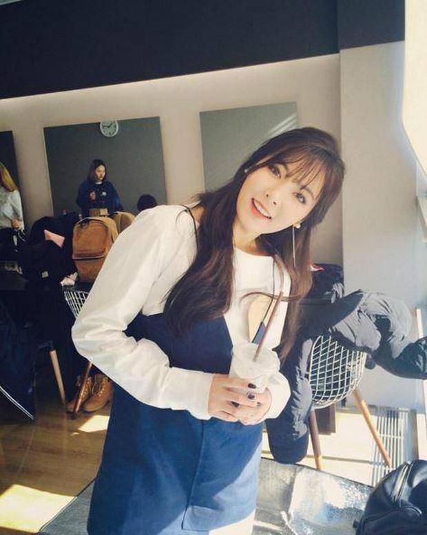 Bị chê make up lố, ai ngờ HyunA trút bỏ lớp phấn lại đỉnh đến mức thừa sức đọ lại thánh mặt mộc Suzy - Hình 8