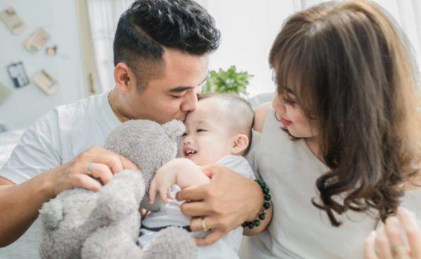 8 mối hiểm họa khiến vợ chồng lao đao trong năm đầu có con - Hình 2