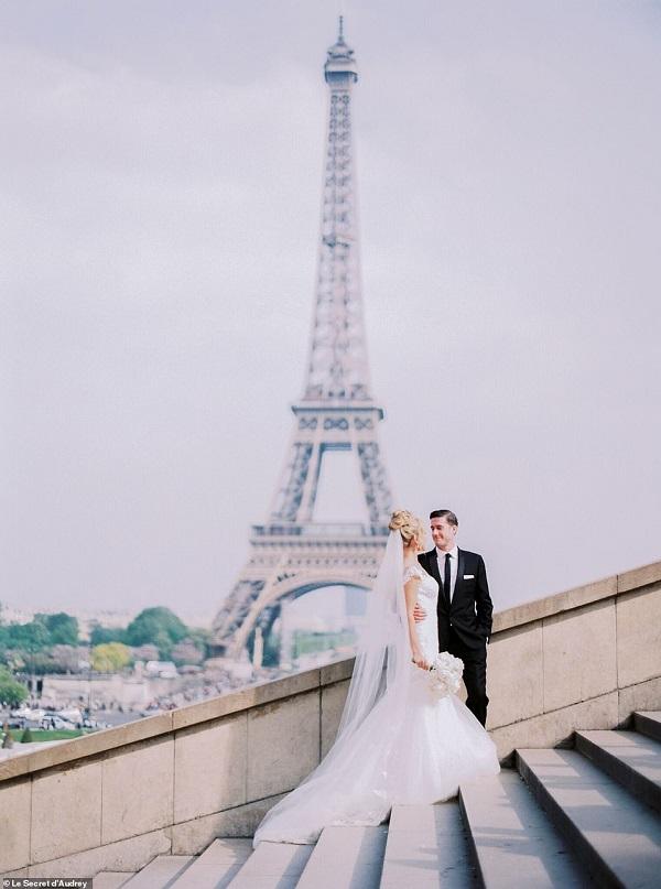 Bất chấp bạo động, cặp đôi vẫn có ảnh cưới đẹp như Photoshop - Hình 1
