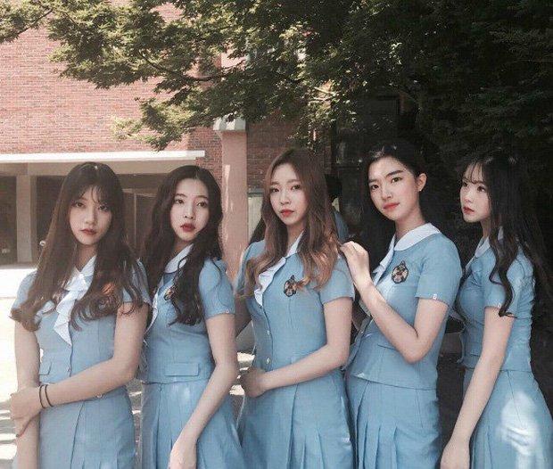 Đồng phục đẹp nhất Việt Nam lộ diện: liệu có đẳng cấp và lung linh như đồng phục Hàn? - Hình 2