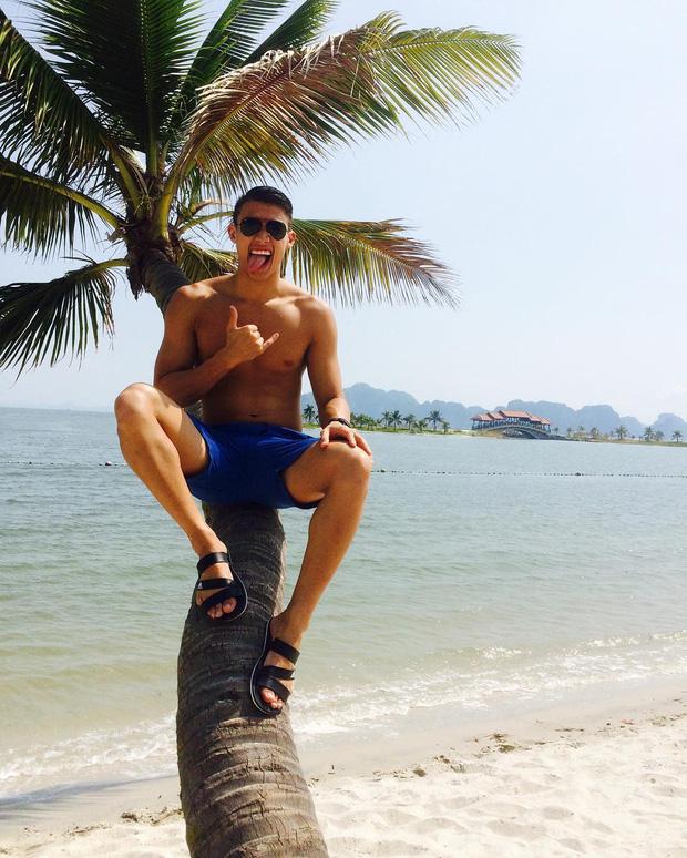 Nam thần Việt kiều của tuyển bơi lội Việt Nam dự SEA Games 30: Thạc sĩ kinh tế tại Mỹ, bụng 8 múi, biết nấu món Việt - Hình 1