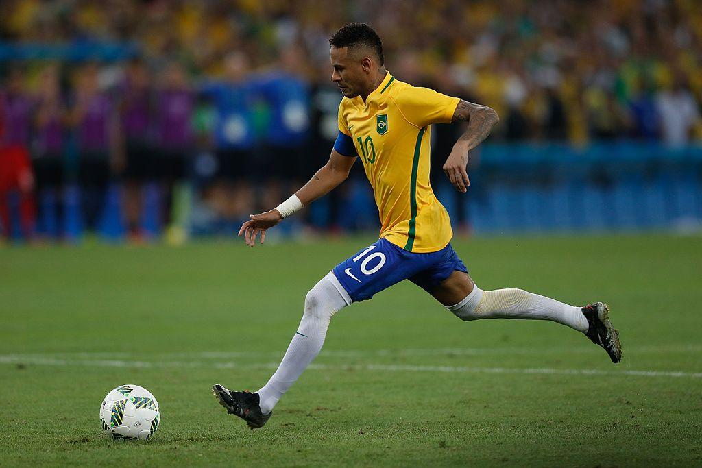 Neymar thể hiện kỹ năng Counter-Strike xuất sắc với pha Clutch 1vs3 - Hình 1
