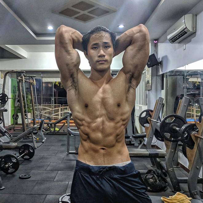 9X gầy gò có thân hình cơ bắp sau 3 năm tập luyện - Hình 2